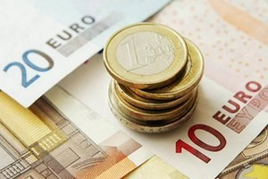 ЕС в 2013 году: экономика постепенно восстанавливается, политическая ситуация остается нестабильной - ảnh 1