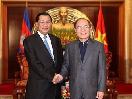 Премьер-министр Камбоджи Хун Сен начал официальный визит во Вьетнам - ảnh 3