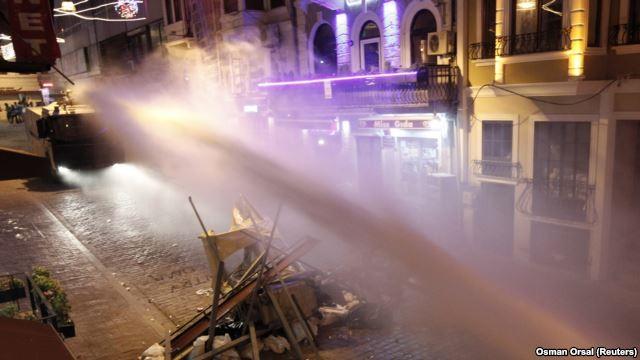 В Турции продолжаются антиправительственные демонстрации - ảnh 1
