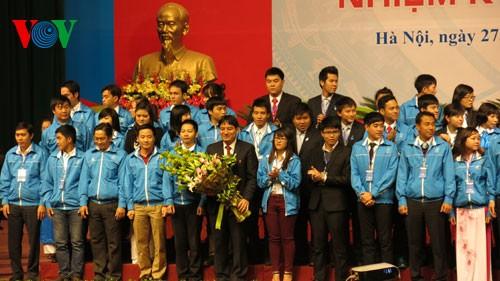 Вьетнамские студенты всегда стремятся к лучшему - ảnh 1