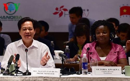 Премьер-министр СРВ: Вьетнам строго выполнит торговые соглашения - ảnh 1
