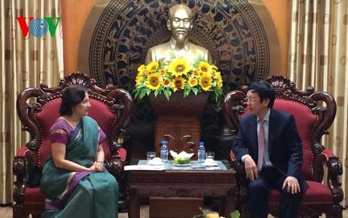 Tổng Giám đốc Đài Tiếng nói Việt Nam Nguyễn Đăng Tiến tiếp Đại sứ Ấn Độ - ảnh 1
