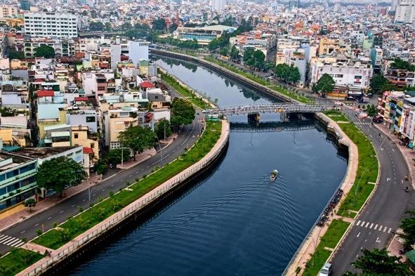 Đại biểu Quốc tế ấn tượng về sự phát triển của Thành phố Hồ Chí Minh  - ảnh 1
