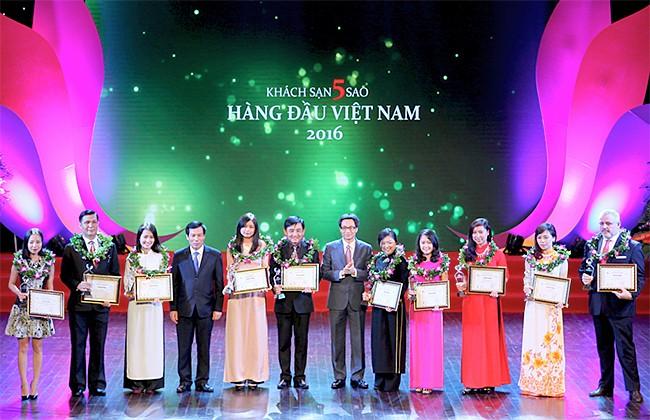 Vinh danh các doanh nghiệp Du lịch hàng đầu Việt Nam năm 2016 - ảnh 1