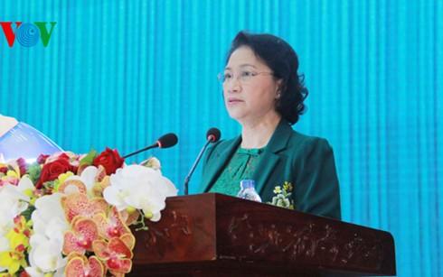 Chủ tịch Quốc hội Nguyễn Thị Kim Ngân tiếp xúc cử tri quân khu 9 - ảnh 1