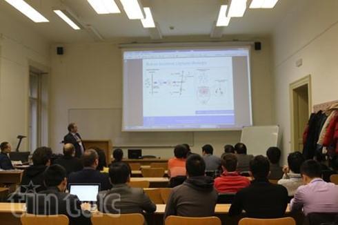 Hội thảo khoa học của trí thức trẻ Việt Nam tại Cộng hòa Czech - ảnh 1
