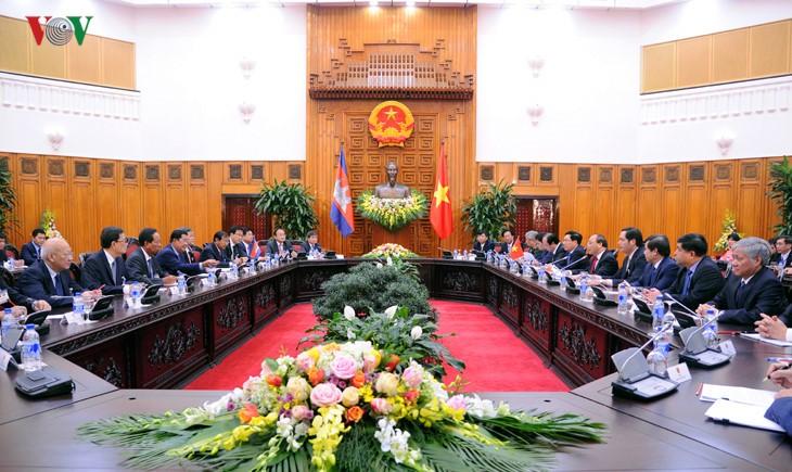 Hội đàm cấp cao Việt Nam – Campuchia - ảnh 1