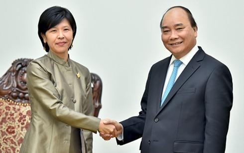 Thủ tướng Nguyễn Xuân Phúc tiếp Đại sứ Canada Ping Kitnikone - ảnh 1
