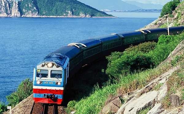 Thu hút khách du lịch gắn với thế mạnh của đường sắt Việt Nam - ảnh 2
