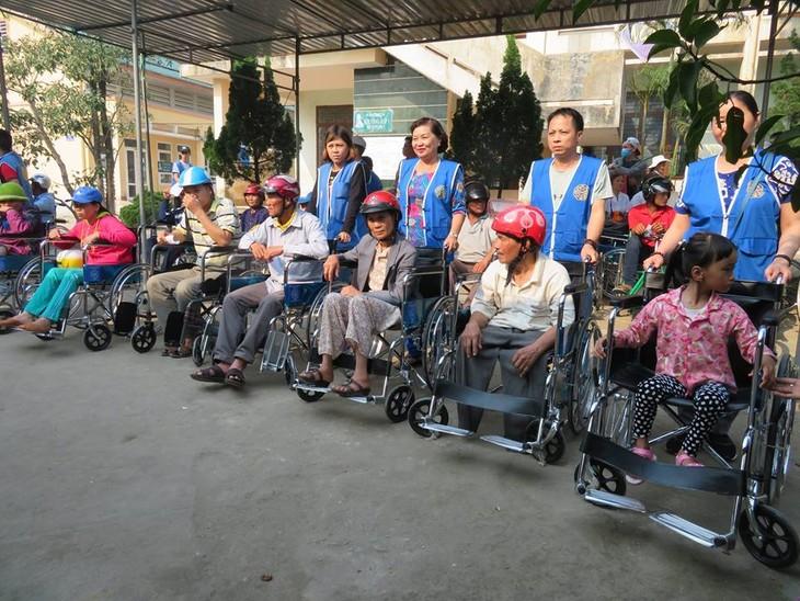 Khám bệnh, phát thuốc cho đồng bào nghèo huyện Hải Lăng, Quảng Trị - ảnh 22