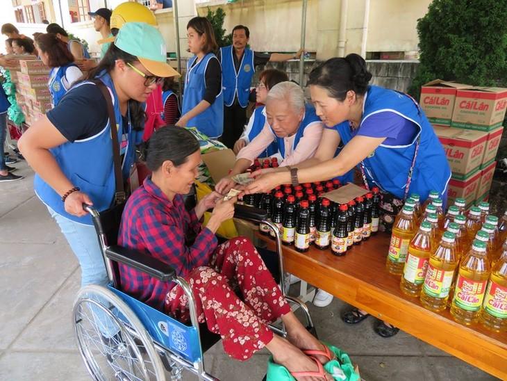 Khám bệnh, phát thuốc cho đồng bào nghèo huyện Hải Lăng, Quảng Trị - ảnh 25