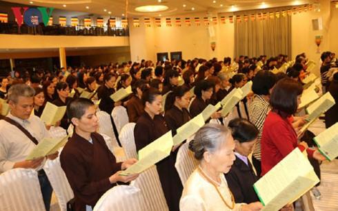 Trang nghiêm Đại lễ Phật đản của Kiều bào tại Séc - ảnh 1