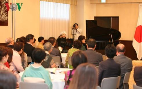 ĐSQ Việt Nam tại Nhật Bản tổ chức Hoà nhạc từ thiện vì trẻ em khó khăn - ảnh 2