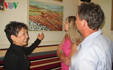 Ấn tượng triển lãm tranh của họa sĩ Việt với công chúng Séc - ảnh 1