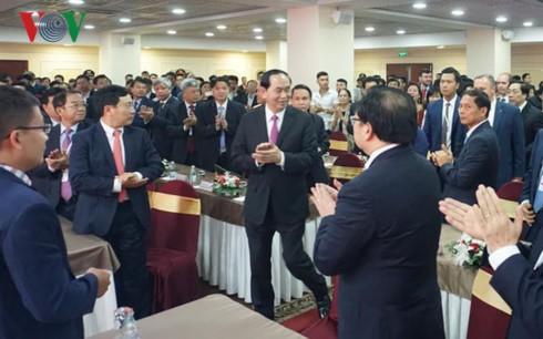 Chủ tịch nước Trần Đại Quang gặp mặt cộng đồng Việt Nam ở Liên bang Nga - ảnh 1