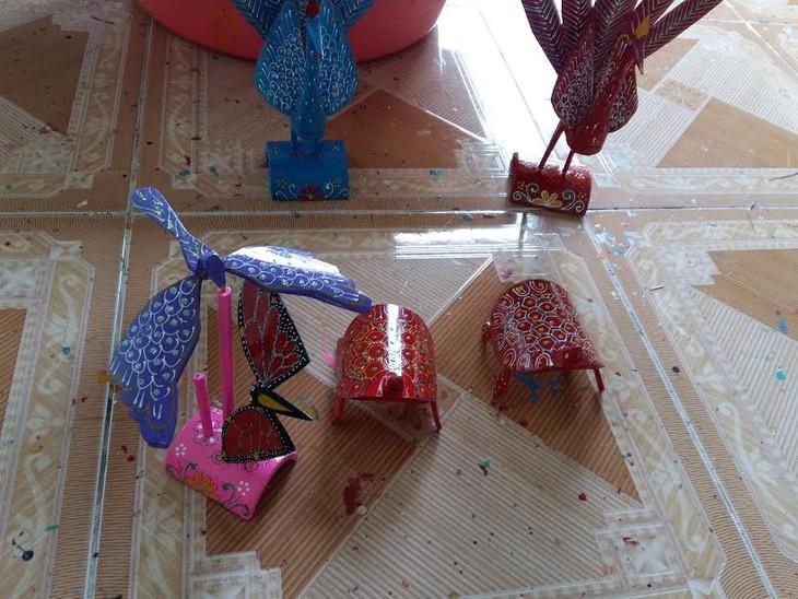 Độc đáo nghề làm chuồn chuồn tre Thạch Xá - ảnh 2