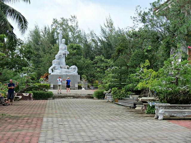 Situs-situs peninggalan sejarah yang tipikal di provinsi Quang Ngai - ảnh 3