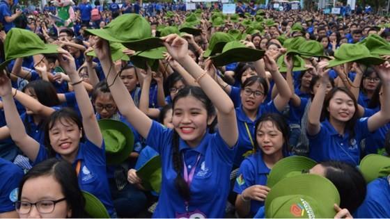 Thành phố Hồ Chí Minh ra quân chiến dịch Mùa hè xanh 2017 - ảnh 1