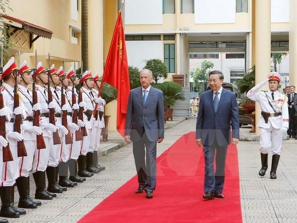 Tăng cường quan hệ hợp tác giữa Bộ Công an Việt Nam và Hội đồng An ninh Liên bang Nga - ảnh 1