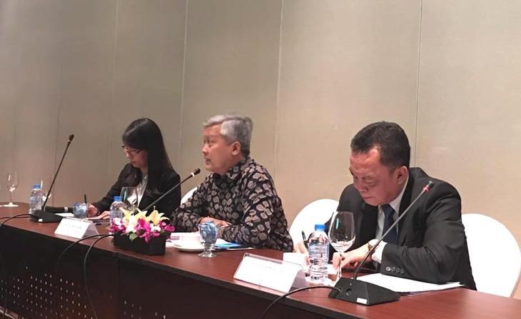 Việt Nam-Indonesia tăng cường hợp tác thương mại ngành dầu cọ và giấy - ảnh 1