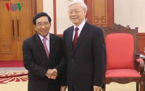 Tổng Bí thư Nguyễn Phú Trọng tiếp Đoàn Đại biểu Đảng Nhân dân Cách mạng Lào - ảnh 1