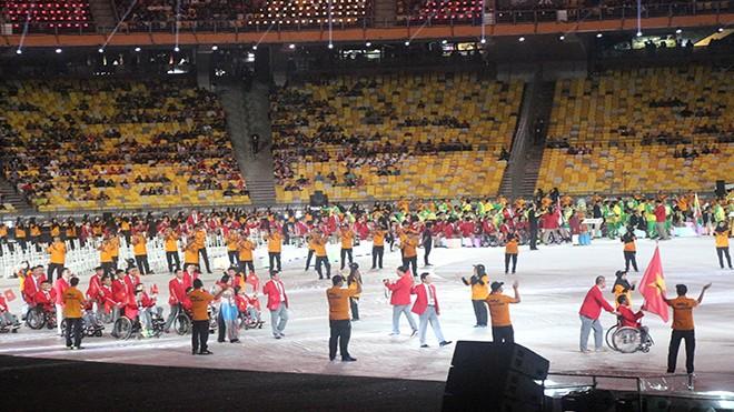 Ấn tượng lễ khai mạc ASEAN Para Games 2017  - ảnh 1