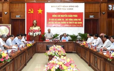 Thủ tướng Nguyễn Xuân Phúc làm việc với tỉnh Hậu Giang - ảnh 1