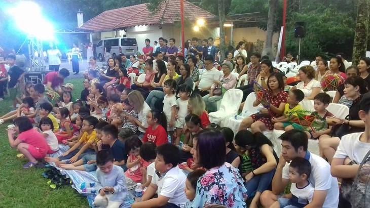 Tết Trung thu đậm bản sắc Việt tại Singapore - ảnh 18