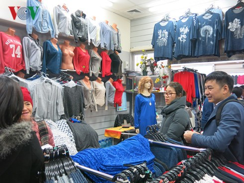 Ông chủ chợ Đồng Xuân Berlin tự hào là người Việt Nam - ảnh 2