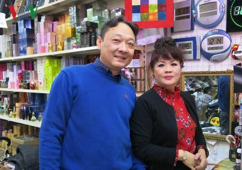 Ông chủ chợ Đồng Xuân Berlin tự hào là người Việt Nam - ảnh 4
