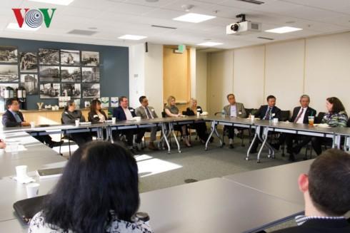 Đại sứ Việt Nam tại Hoa Kỳ Phạm Quang Vinh thăm, làm việc với doanh nghiệp tại bang Washington - ảnh 3