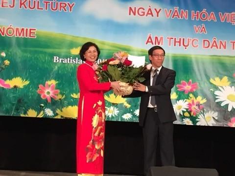 Sôi nổi Ngày văn hoá Việt Nam tại Bratislava, Slovakia - ảnh 1