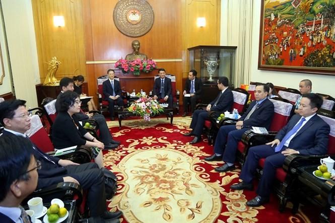 Lãnh đạo Mặt trận Tổ quốc Việt Nam tiếp Đoàn đại biểu Chính hiệp thành phố Thượng Hải  - ảnh 1
