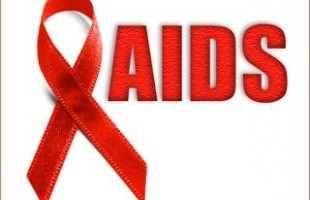 Mít tinh hưởng ứng Tháng hành động quốc gia phòng, chống AIDS  - ảnh 1