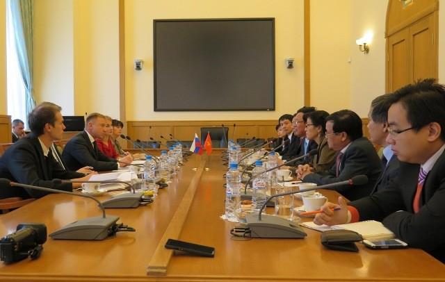 Bộ trưởng Bộ Giáo dục – Đào tạo Phạm Vũ Luận thăm Liên bang Nga  - ảnh 1