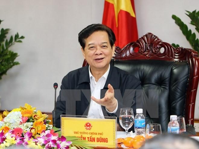 Thủ tướng Nguyễn Tấn Dũng: Chỉ đạo, điều hành linh hoạt để đảm bảo tăng trưởng GDP năm 2015 là 6,2%  - ảnh 1
