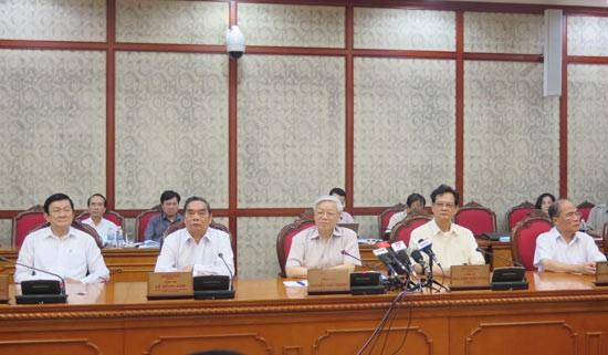 Bộ Chính trị cho ý kiến về việc chuẩn bị Đại hội đại biểu Đảng bộ TP Hồ Chí Minh nhiệm kỳ 2015-2020 - ảnh 1
