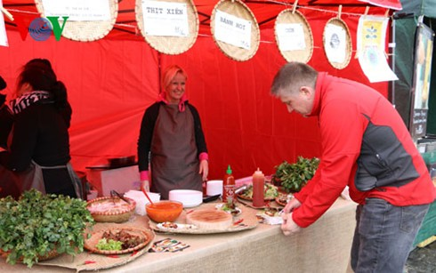 Việt Nam tham gia Lễ hội ẩm thực đường phố lớn nhất Cộng hòa Czech - ảnh 1