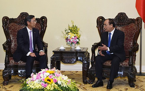 Thủ tướng Nguyễn Xuân Phúc tiếp Chủ tịch Châu Á - Thái Bình Dương Ngân hàng SMBC - ảnh 1
