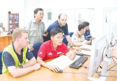 Chuyên gia nước ngoài làm việc tại Việt Nam đến 90 ngày/năm không phải xin giấy phép lao động - ảnh 1