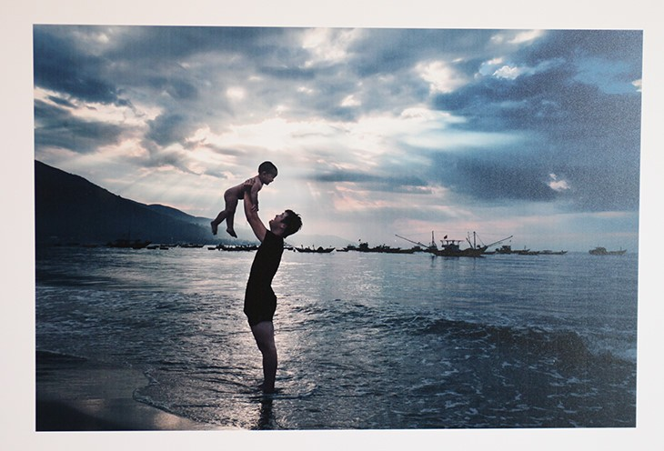Chiêm ngưỡng khoảnh khắc tuyệt vời của những ông bố Việt Nam - ảnh 5