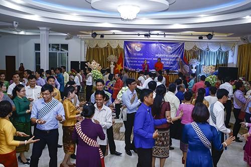 Bế mạc Gặp gỡ hữu nghị thanh niên Việt Nam-Lào năm 2016  - ảnh 1