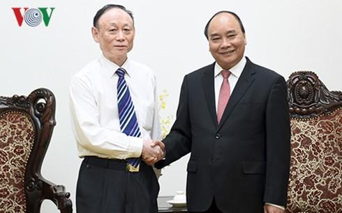 Thủ tướng Nguyễn Xuân Phúc tiếp Chủ tịch Tập đoàn JA Solar - Trung Quốc - ảnh 1