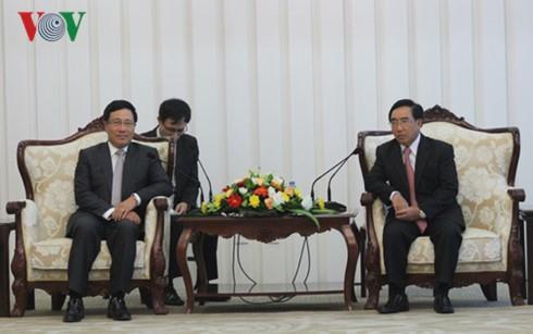 Hoạt động của Phó Thủ tướng, Bộ trưởng Ngoại giao Phạm Bình Minh tại Lào - ảnh 2