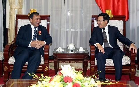 Phó Thủ tướng, Bộ trưởng Ngoại giao Phạm Bình Minh tiếp Đại sứ Campuchia và Đại sứ CHLB Bức - ảnh 1