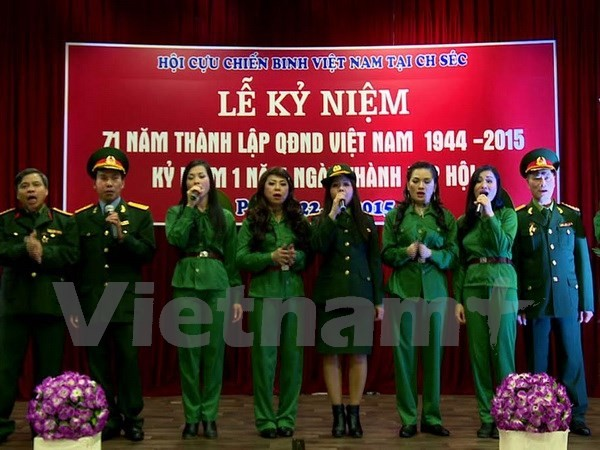 Kỷ niệm Ngày thành lập Quân đội nhân dân Việt Nam tại Cộng hòa Czech - ảnh 1