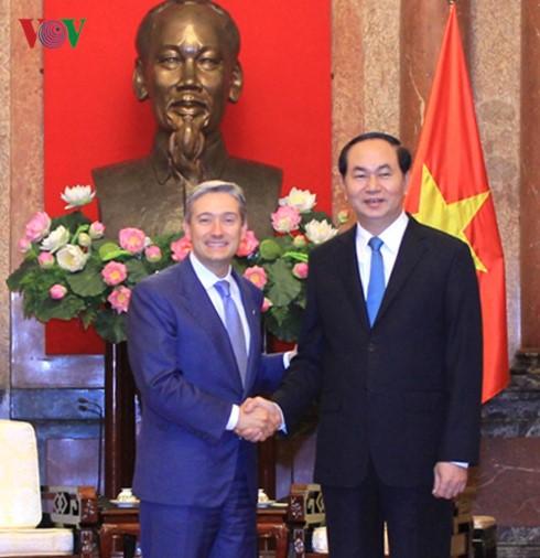Việt Nam mong muốn tăng cường quan hệ hợp tác nhiều mặt với Canada - ảnh 1