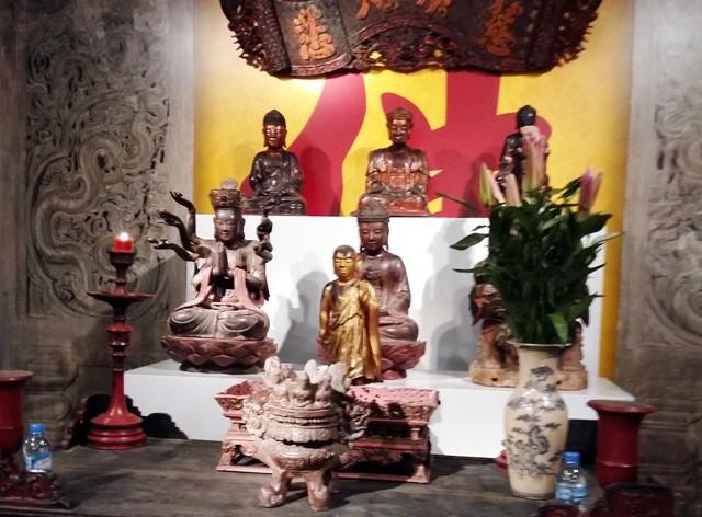 Độc đáo đồ gỗ sơn son thếp vàng Việt Nam - ảnh 2