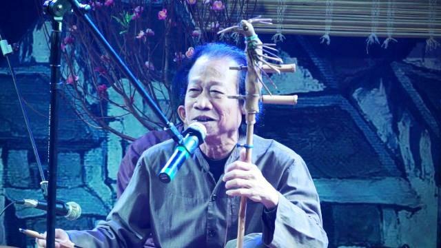 Nghệ sĩ nhân dân Xuân Hoạch cống hiến hết mình cho nghệ thuật âm nhạc dân gian - ảnh 1