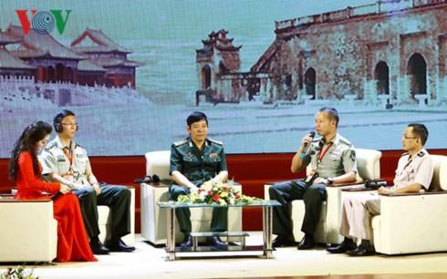 Giao lưu hữu nghị Quốc phòng biên giới Việt Nam - Trung Quốc - ảnh 1